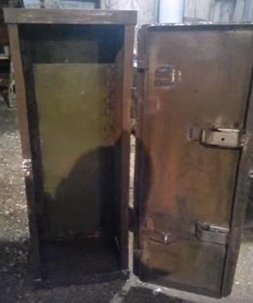metal safe